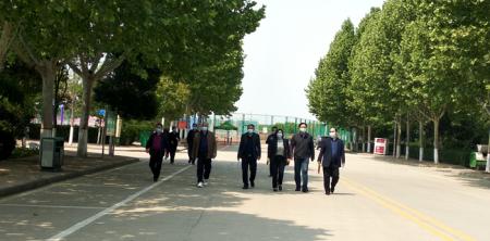 新郑市高校疫情防控第五巡查组莅临我院巡查返校复学准备工作