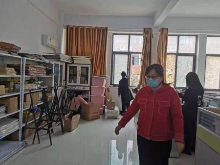 学前教育专业教研室组织全体教师开展卫生大扫除